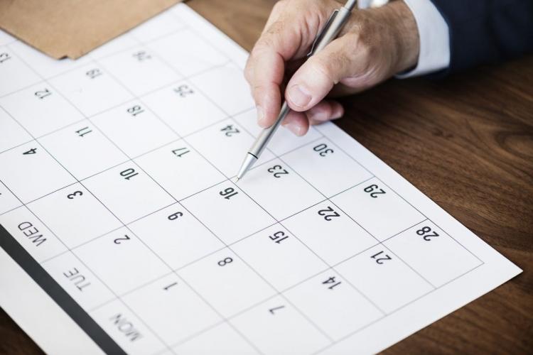 Prescrição intercorrente resta configurada se houver o transcurso do prazo prescricional do título executivo