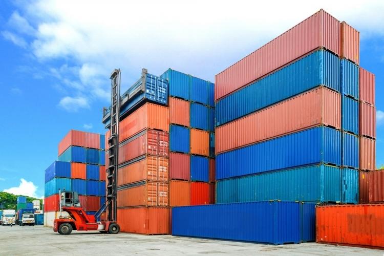Retenção de containers por tempo superior ao contratado gera pagamento de multa de sobreestadia