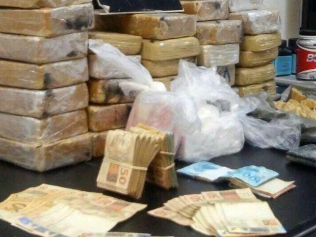 Uso de drogas não impede concomitantemente o desempenho do tráfico de drogas